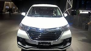 toyota avanza toyota avanza limited edition front 2017 giias live indian autos