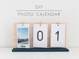Modern Desk Calendar by Diy Desk Calendar Desk Calendars Simple Diy And Desks