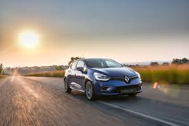renault clio 2017 renault clio gt line fills the gap sa car fan