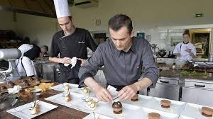 formation cuisine patisserie apprendre la pâtisserie avec didier c est du gâteau