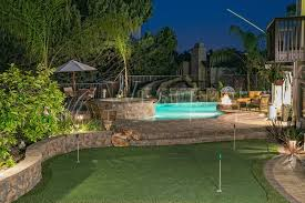 backyard putting green lighting western turf southern california s premier synthetic lawn and