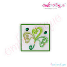 embroitique ornate curly shamrock small
