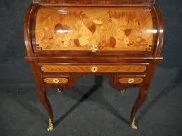 bureau marqueterie bureau à cylindre vitrine en marqueterie époque xixe siècle n 23574