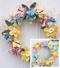how to make a tulip floral wreath wreaths crochet and knit crochet