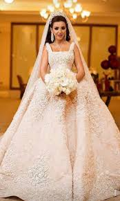 8202 best wedding gowns general images on pinterest brides