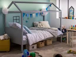 cabane enfant chambre lits cabanes 10 modèles pour une chambre d enfant cocon