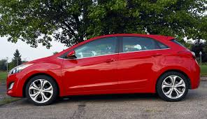 2013 hyundai elantra gt reviews cheers and gears