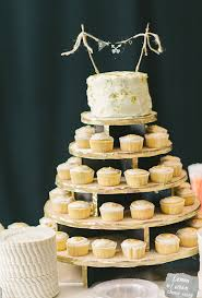 cake tiers separated tier wedding cakes a wedding cake