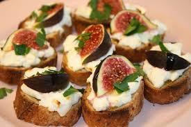 cuisiner des figues fraiches crostini au fromage de chèvre et aux figues la cuisine de dali