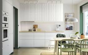 implantation cuisine ouverte cuisine ouverte 16 modèles de cuisiniste côté maison