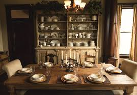 The Dinning Room Inside Billy Reid U0027s Art Filled Family Home In Alabama Photos Gq