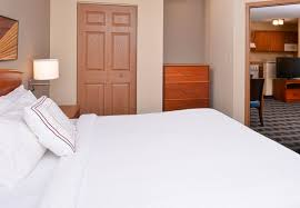 bedroom furniture st louis mo 28 images bedroom towneplace suites st charles accommodations for extended stays in
