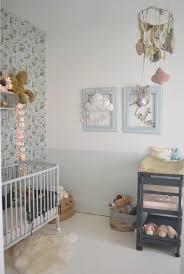 tapisserie chambre bébé fille modern papier peint chambre bebe design table manger sur