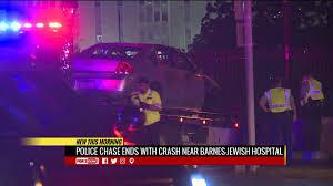 1 Barnes Jewish Hospital Plaza Police Chase Ends In Crash Near Barnes Jewish Hospital Fox2now Com