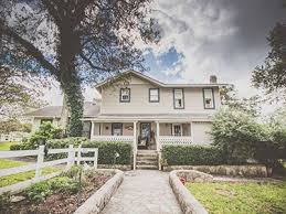 Bed And Breakfast In Texas Bella Nido Bed And Breakfast Weddings Hill Country Wedding Venue