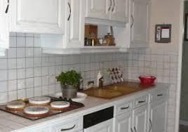 cuisine repeinte en blanc cuisine rustique repeinte en blanc avec relooker cuisine rustique