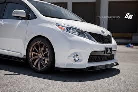 toyota minivan 2015 toyota sienna on pur wheels looks unexpectedly sporty