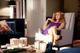 10 ideas to steal from the carrie bradshaw apartment