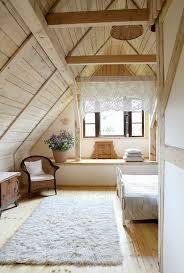 dachgeschoss gestalten spektakulär schlafzimmer dachschräge farblich gestalten auf