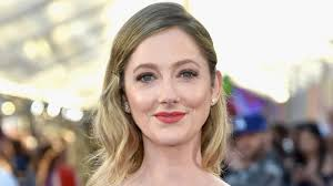 judy greer may play jamie lee curtis u0027 daughter in the new halloween