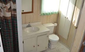 small bathroom remodels on a budget u2013 pamelas table