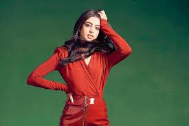Jaya Bachchan Hot Pics - why amitabh bachchan s granddaughter navya naveli nanda won t take