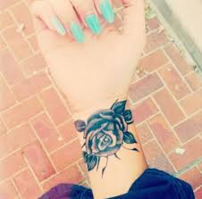 flower cover up designs on wrist style by