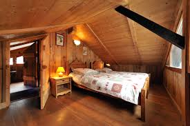 chambre chalet montagne chambre style chalet montagne mobilier décoration
