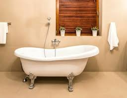 How To Paint A Faucet Bathtubs Look What We Made Diy Bathtub Paint Epoxy Paint For