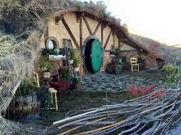 boise tiny house entrepreneur u0027s u0027hobbit hole u0027 near chelan a hit on
