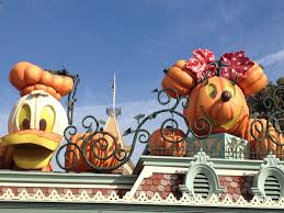 minnie and donald pumpkin heads at disneyland entrance mar vista mom