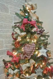 primitive christmas tree primitive christmas tree decorating ideas