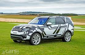 discovery land rover 2017 2017 land rover discovery all you need to know in six videos