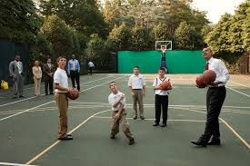 free public domain image president barack obama shoots baskets