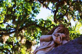 maryanne hinkle photography bonaventure cemetery savannah ga