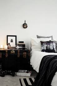 Small Bedroom Side Tables Best 25 Traditional Bedside Tables Ideas On Pinterest Classic