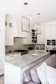 Creamy White Kitchen Cabinets Best 25 Quartzite Countertops Ideas On Pinterest Super White