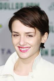 short hair cuts where hair is tucked around the ear for women really like this one could grow hair out with it a new me