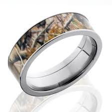 camouflage wedding rings camo rings for men flat profile men s realtree wedding ring