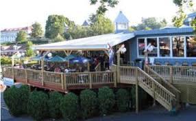We Eat Dinner In The Bathtub Lake George Restaurant Guide Find Restaurants In The Village Of