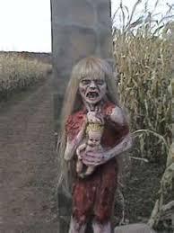 Scary Halloween Props 16 Maneras De Espantar A Tu Novio Este Halloween Creepy Stuff