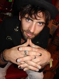 tyson ritter lead singer for all american rejects doesn t reject minx nail art