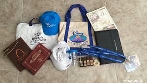 auction 2 disney vacation club merchandise lot of 11 deb s digest