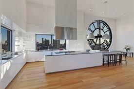 cuisine estrade clock tower loft en triplex à york