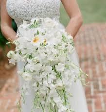 Cascading Bouquet 3 Popular Cascading Bouquets