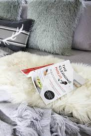How To Have A Clean Bedroom How To Mix Textures For A Clean Cozy Look The Creek Line House