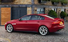 jaguar back new jaguar xe sports sedan revealed set to battle bmw 3 series