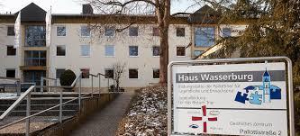 Haus Wasserburg Droht Die Schließung Rhein Zeitung Koblenz Haus Wasserburg Geschlossenes Schwimmbad Ist Ein Verlust Für