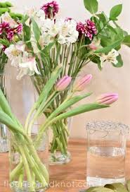 How To Arrange How To Arrange Flowers In A Vase Without Floral Foam