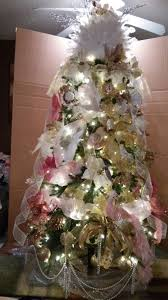 Live Decorated Tabletop Christmas Trees Delivered by 268 Best Decorated Christmas Trees Wreaths And Garlands Images